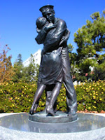 Homecoming statue in San Diego