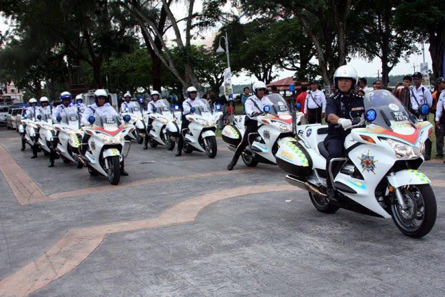 Kenderaan Pasukan Polis