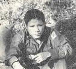 219 Nguyễn Văn Em Tữ Thủ đồi 31 Hạ Lào Hy Sinh ngày 25.02.1971