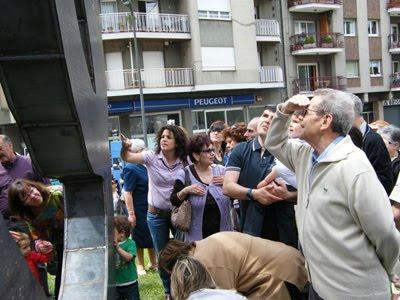 ELS BERGUEDANS BUSCÀNT EL SEU NOM AL MONUMENT A LA PATUM