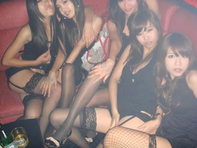 Clubbing Asian 64