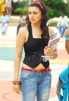 Cute MASALA BABE Hansika Motwani Spic Photos in Tight Jeans