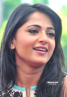 ANUSHKA SHETTY Pictures Cute and Talented Actress From TELUGU Movies