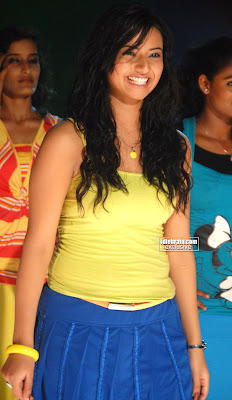 New Hot Actress ISHA CHAWLA Hot Sexy Masala pics