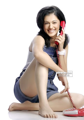 South Indian Movie Masala Hot DESI ACTRESS Tapsee Photo Gallery