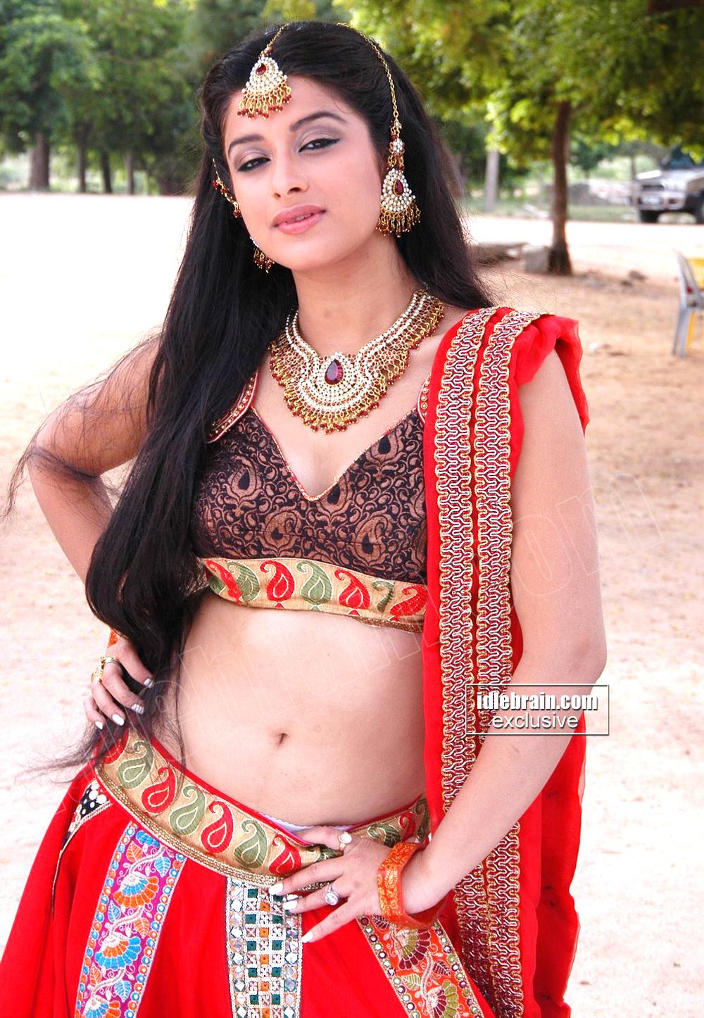 TELUGU HOT Actress MADHURIMA Hot Masala Pics