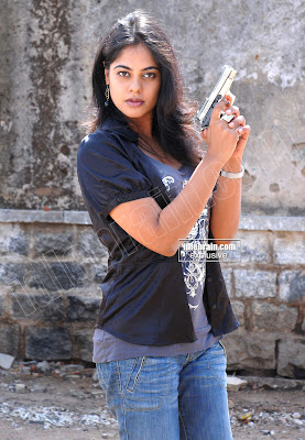 Desi TELUGU MASALA Actress Bindhu Madhavi Hot Photos gallery