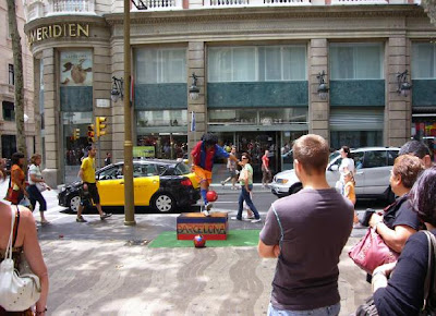 Ronaldinho in Las Ramblas Barcelona