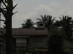 3)..Rumah Atasnya BH..Bawahnya Rumah Orang...