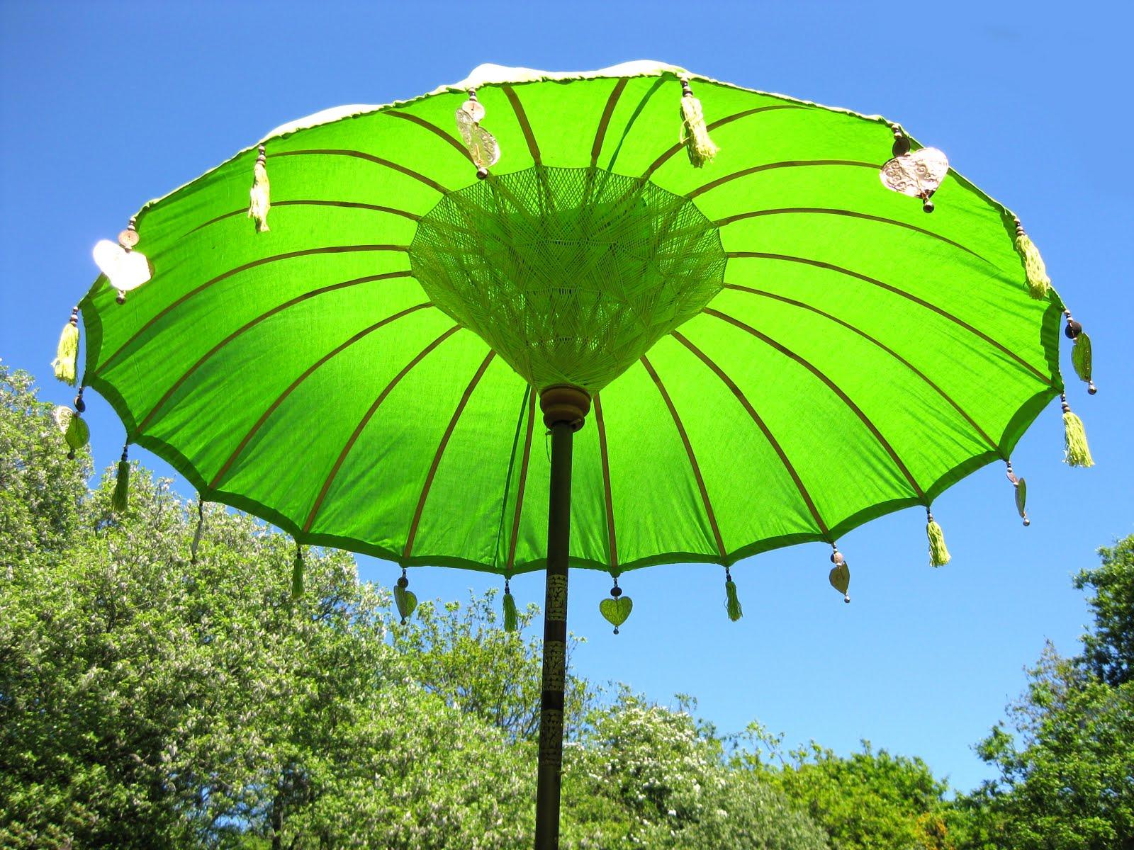 Parasols For Sale | Cheap Garden Parasols | Garden Parasols