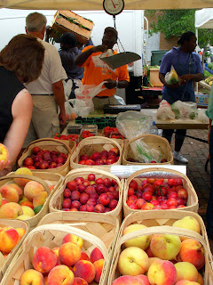 Marion Square Farmers' Market in Charleston