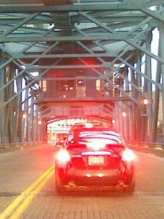 Traffic on the Carter Avenue Bridge