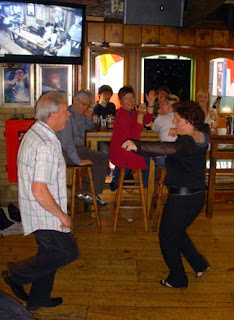 two people dancing at Gogarty's Pub in Dublin