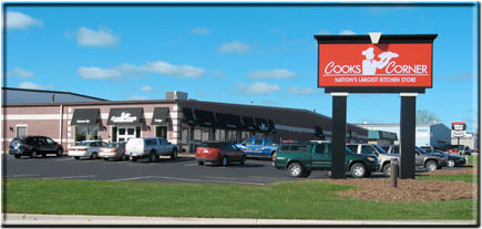 Howling Wolf BBQ Sauces And Rubs Are Now Available At Cooks Corner In Green  Bay, WI   The Nationu0027s Largest Kitchen Store!