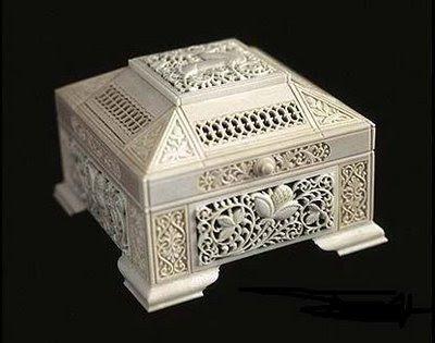 யானைத் தந்தத்தினால் செய்யப்பட்ட சிற்பங்கள். Ivory-Art+%286%29