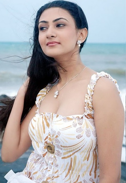 neelam cool glamour  images
