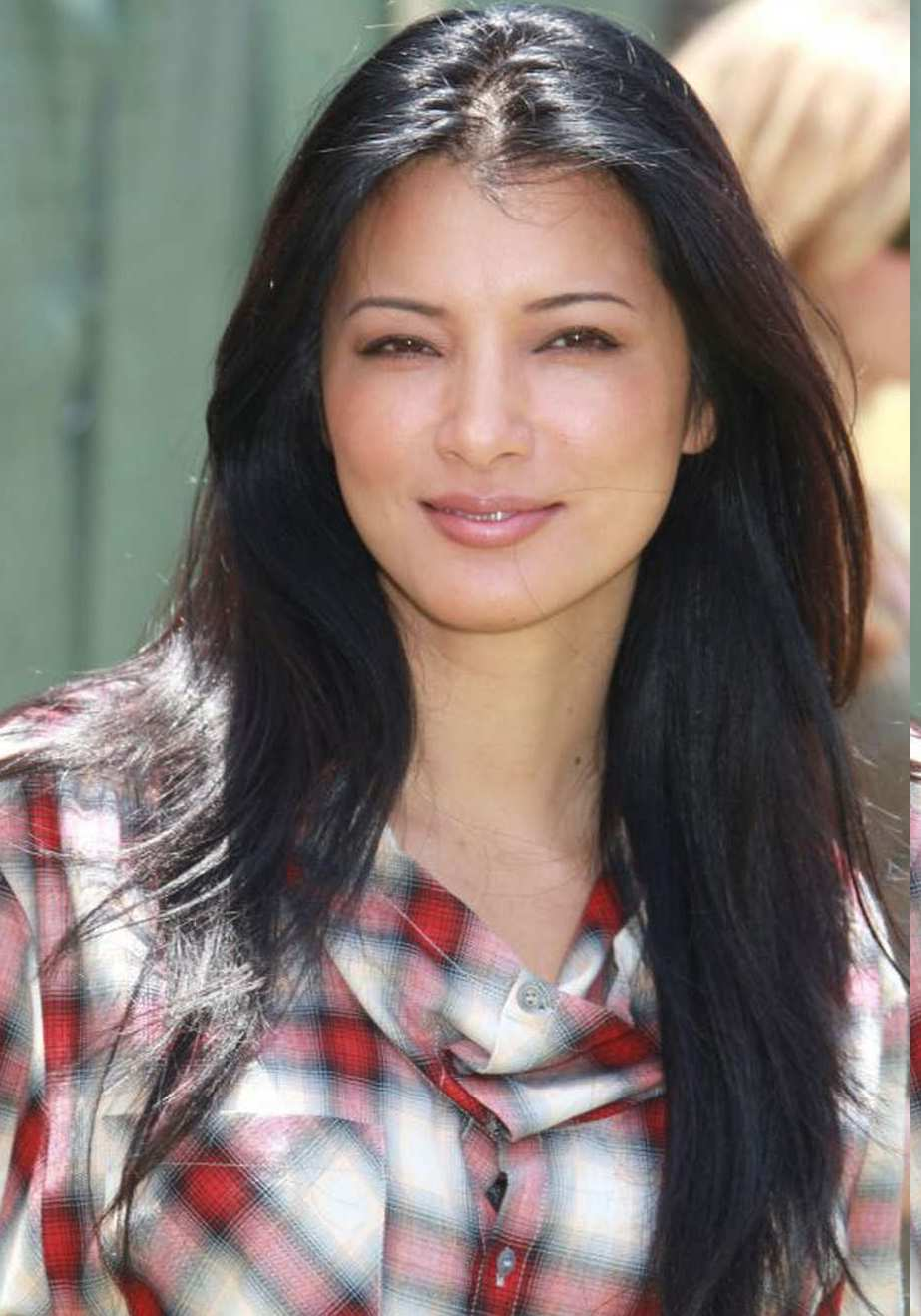 Kelly Hu Cool 00 ... and read short stories to 150 or 200 people, with those in attendance ...