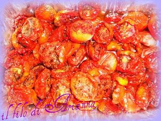 tagliatelle rosa con gamberi, fagiolini e pomodori confit