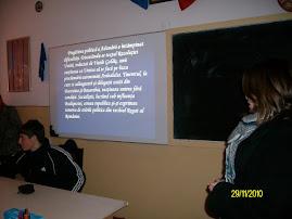 Aspecte din tipul concursului de prezentări power point: eleva Diana Bîzgan ( a XI-a C )