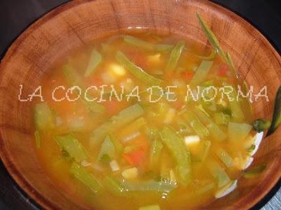 La cocina de norma caldo o sopa de habas secas hemc 45 - Como se preparan las habas ...