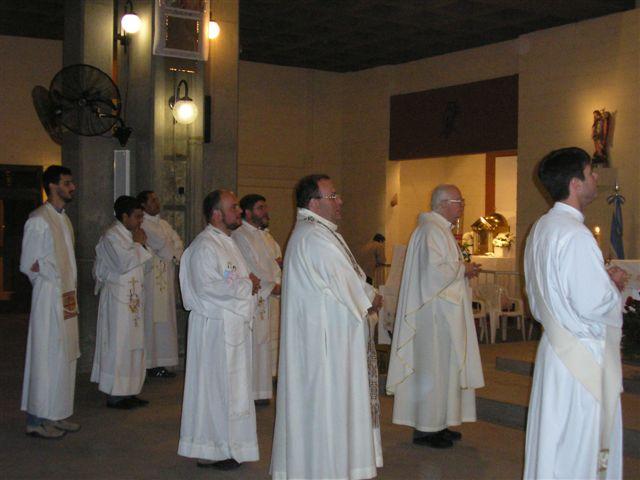 [sacerdotes]