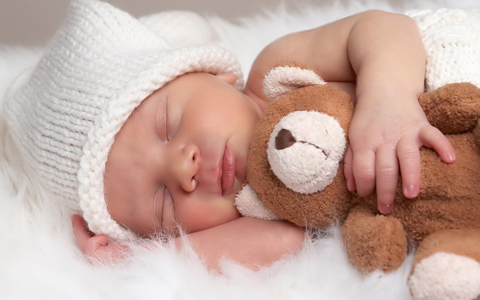 http://2.bp.blogspot.com/_aR7vf4Lt9ME/TM_t9KpahiI/AAAAAAAAAhc/2Ic7mkmcXiU/s1600/baby-cute-wallpaper_2560x1600_84428.jpg