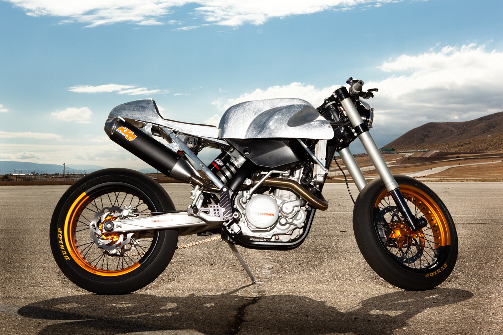 the bullitt ktm 125 cafe racer supermoto. Black Bedroom Furniture Sets. Home Design Ideas