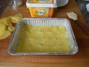 Ponemos una capa de patatas.