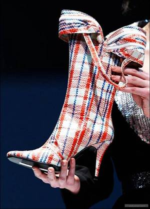 [shoe1.aspx]