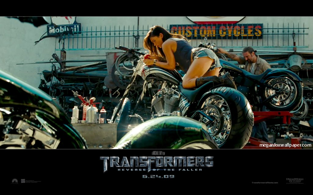 megan fox transformers 2 wallpaper. megan fox transformers 2