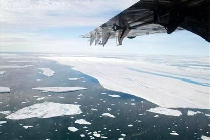 [080903-Canadian arctic-hmed-741p.hmedium]