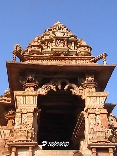 India Travel: Kandariya Mahadeva Temple, Khajuraho Kandariya Mahadeva Temple Inside