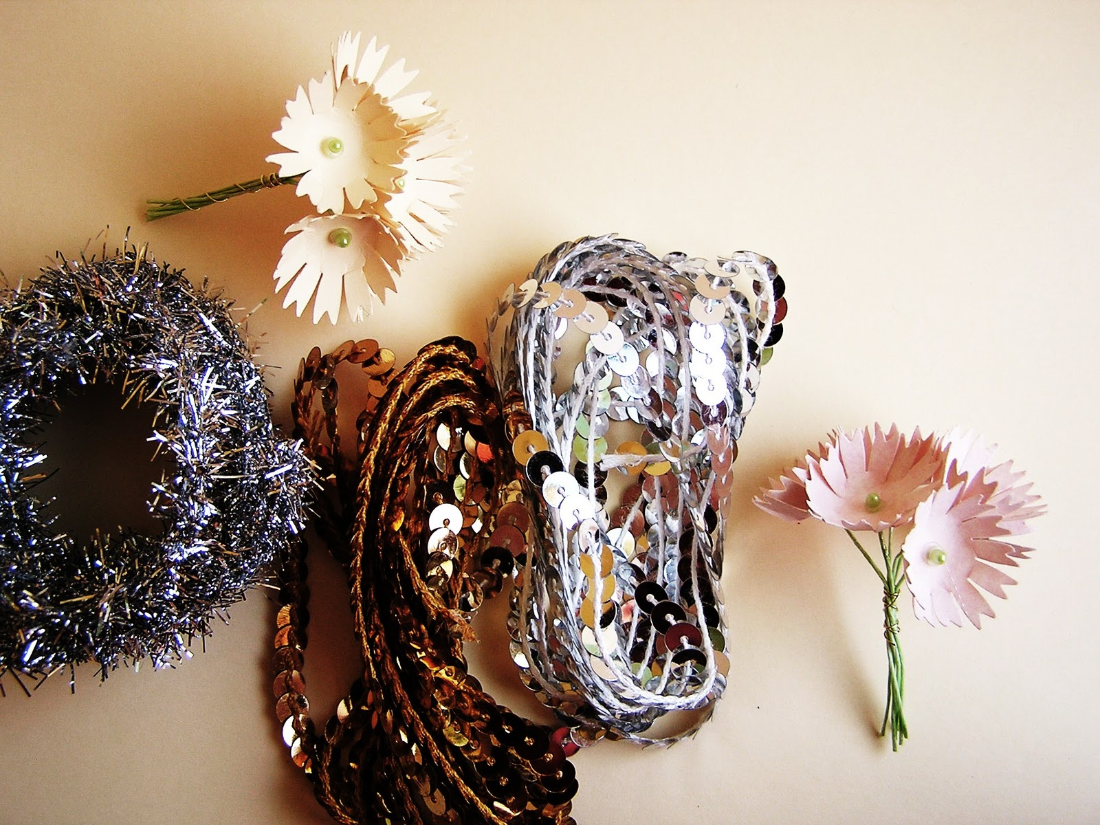 http://2.bp.blogspot.com/_aZ1jPk_mN9M/TPUXBpkEDlI/AAAAAAAACaY/VjT_Ji4V9qw/s1600/estate+bouquets+and+next+giveaway+034.JPG