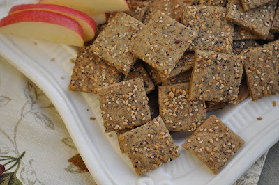 Nourishing Meals: Gluten-Free Quinoa Seed Crackers (Vegan)