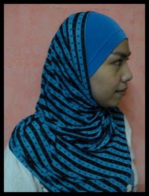 YJ biru hitam