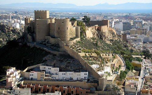 Almeria vacaciones - Puerta europa almeria ...