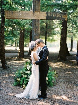 [12-wedding.jpg]