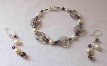Cod 2388 Pulsera de cristales y perlas de rio  en plata 950 S/ 75.00 nuevos soles