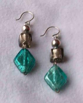 Aretes Cod 2443 plata  y cristales S/ 45.00 Nuevos Soles
