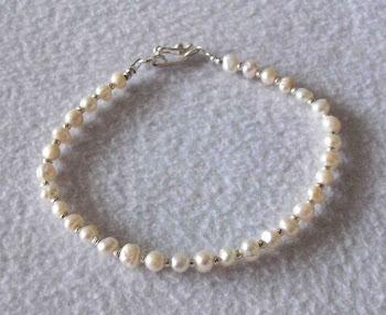 Pulsera Cod 2318 Perlas de rio chicas S/ 35.00 Nuevos Soles
