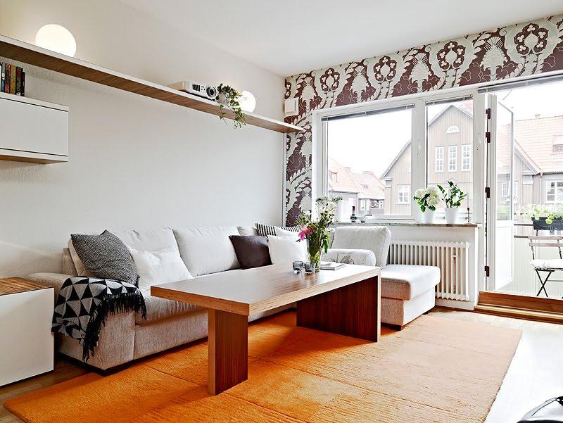 """decoracao de apartamentos pequenos rustico : decoracao de apartamentos pequenos rustico: que legal a prateleira que """"atravessa a parede da sala"""" de lado a lado"""