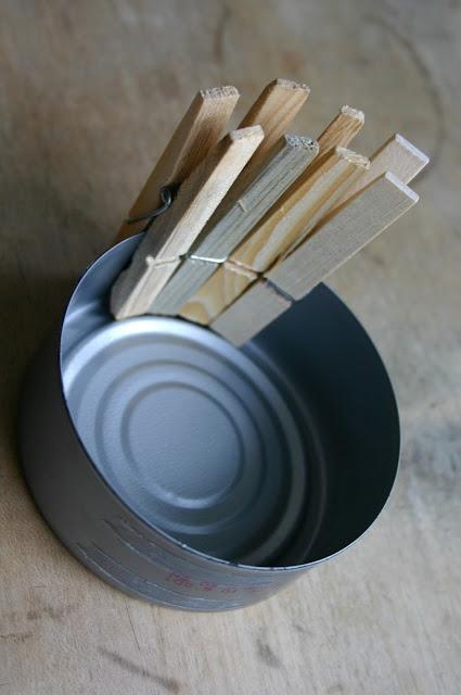 reaproveitar latas de atum reciclagem vasinho de flores
