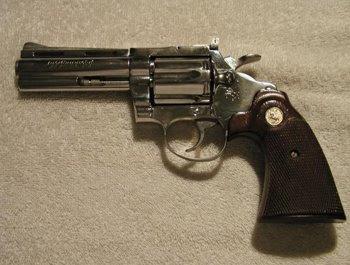 38 Colt cober