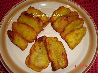 Pazham Pori-Ripe Plantain Fritters