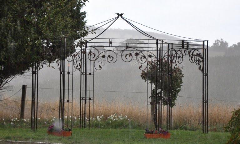 Farmweld wrought iron garden gazebo for the wedding