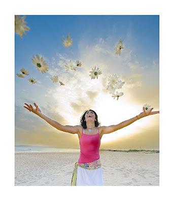 http://2.bp.blogspot.com/_afYPHhn4tpE/SY328MqWY_I/AAAAAAAAAb4/_hWQ6Z0hmTM/s400/felicidade.jpg