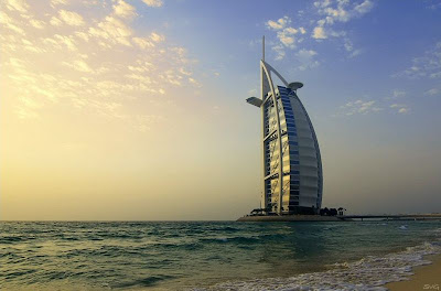 800px Burj al Arab2 SvG Dubais New Tower Houses Resturaunt at 2,150 ft in a Glass Pod