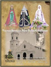 Durante el Viernes Santo se reparten libritos que contienen los cantos de la procesión