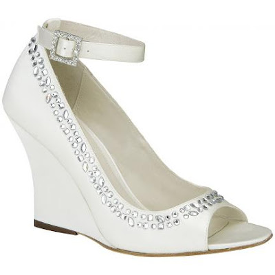 Couture Wedding Shoes on Couture Celebrations  A Day In The Life Of Wedding Planner Divas