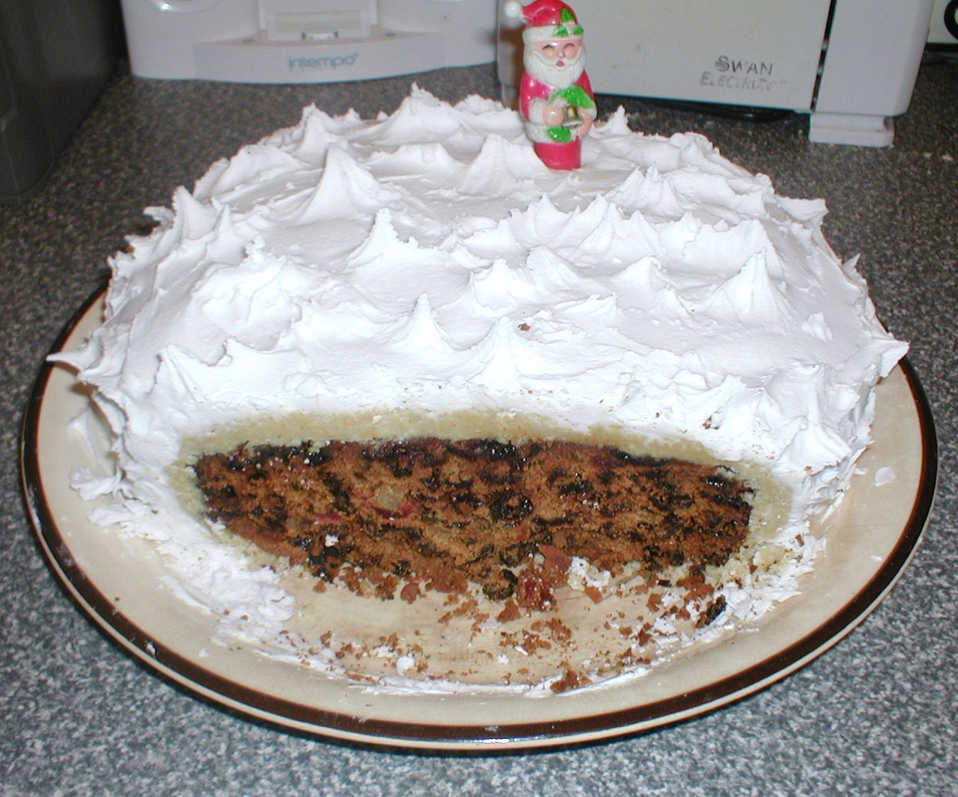 Dispatches from the Deise: My Christmas Cake - a variation on a ...